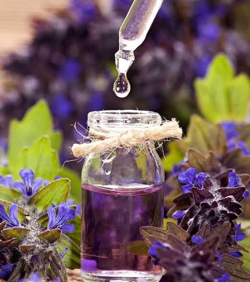 10 Best Mood Enhancing Essential Oils