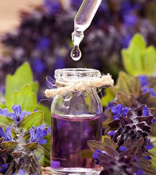 10 Best Mood Enhancing Essential Oils
