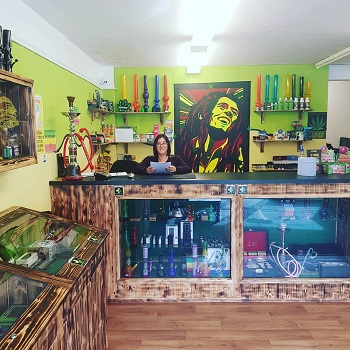head shops kratom near me